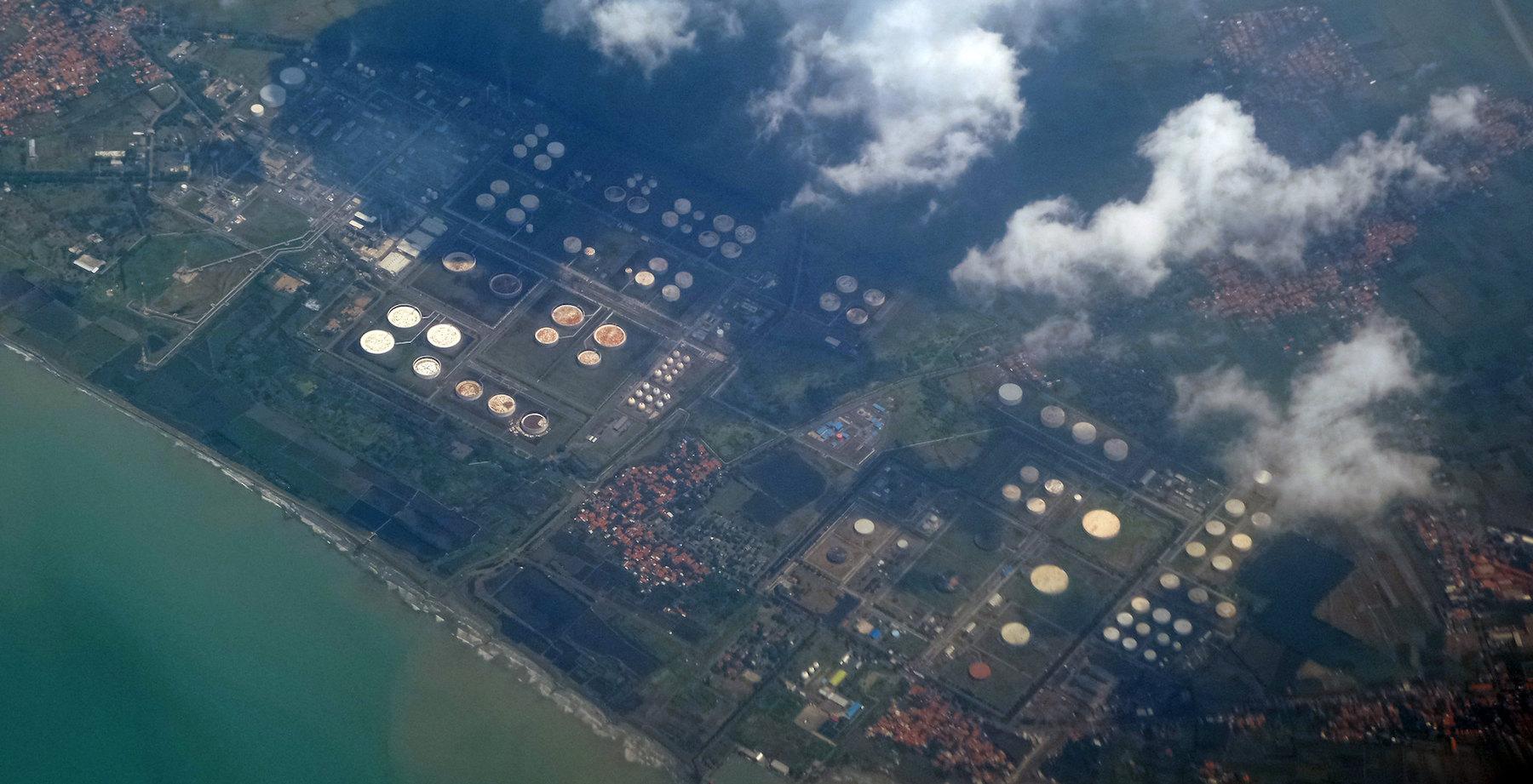 kilang minyak Balongan