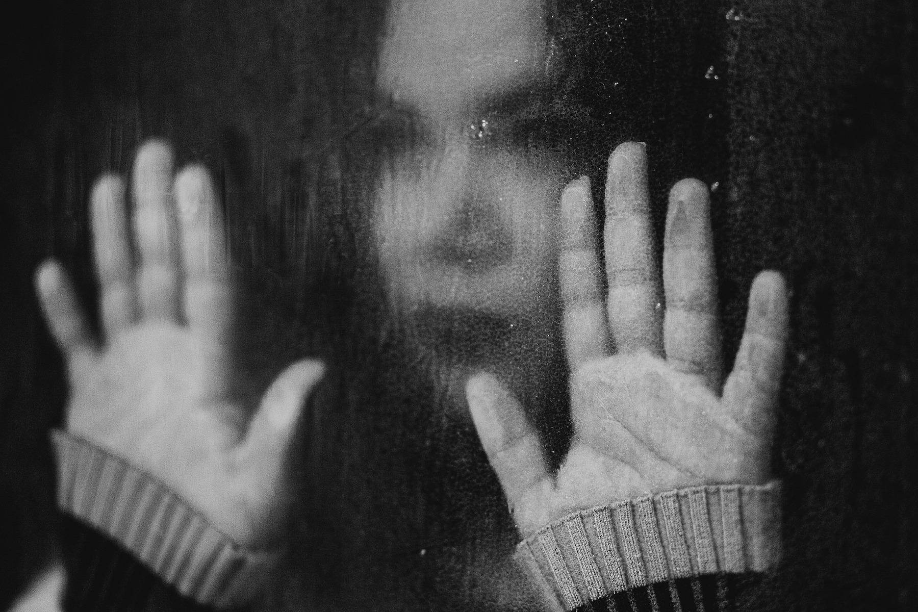 suicide-5127103 1920
