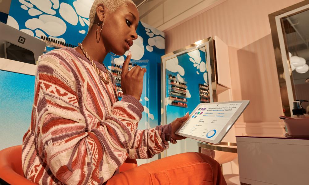 Salon Employee Using Square App
