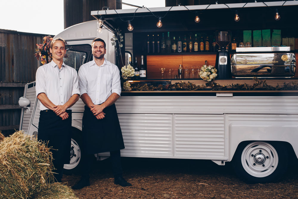 big shot mobile wedding bar barn citroen h van chris mike 3