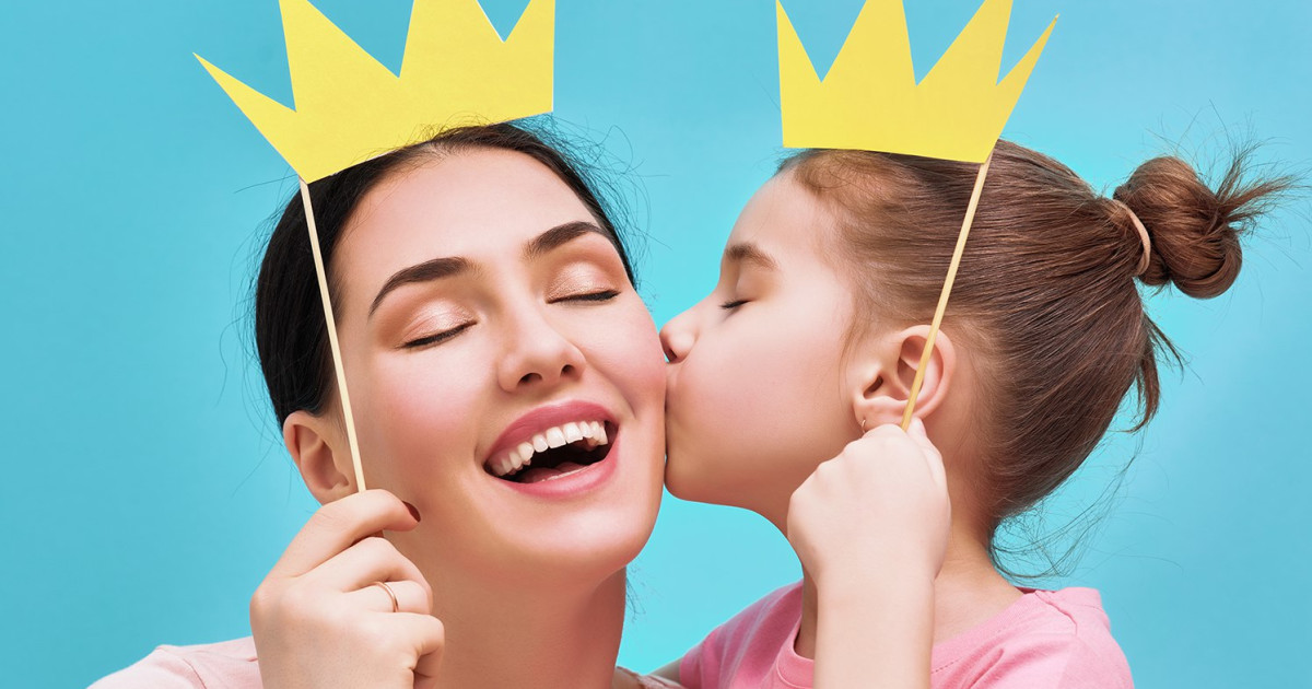 10 Ways to Celebrate Moms This Mother's Day