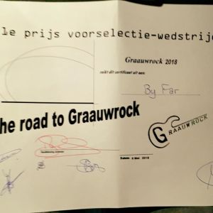 By Far wint Road to Graauwrock!