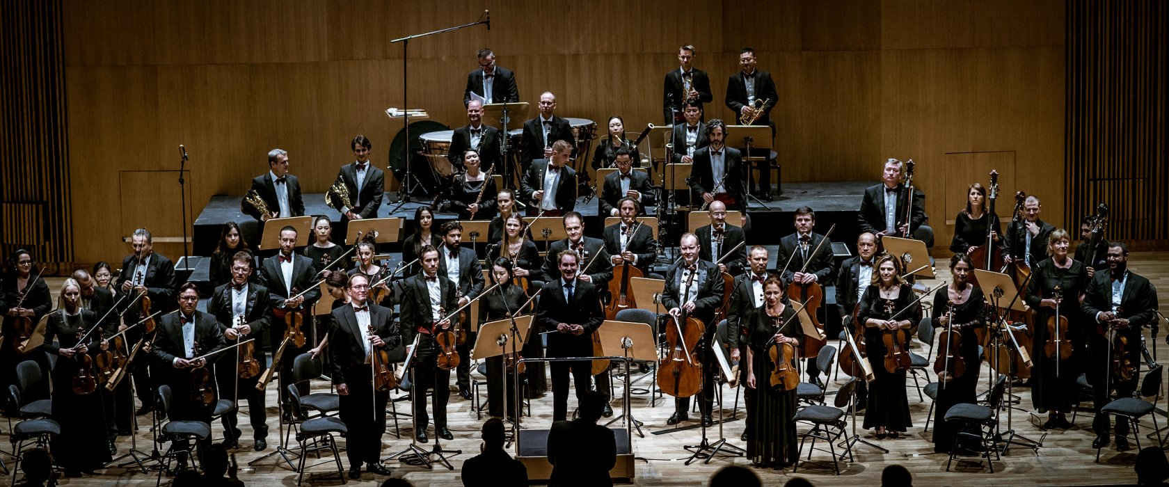Concert Review: Vibrant violinist lights up Qatar Philharmonic Orchestra concert