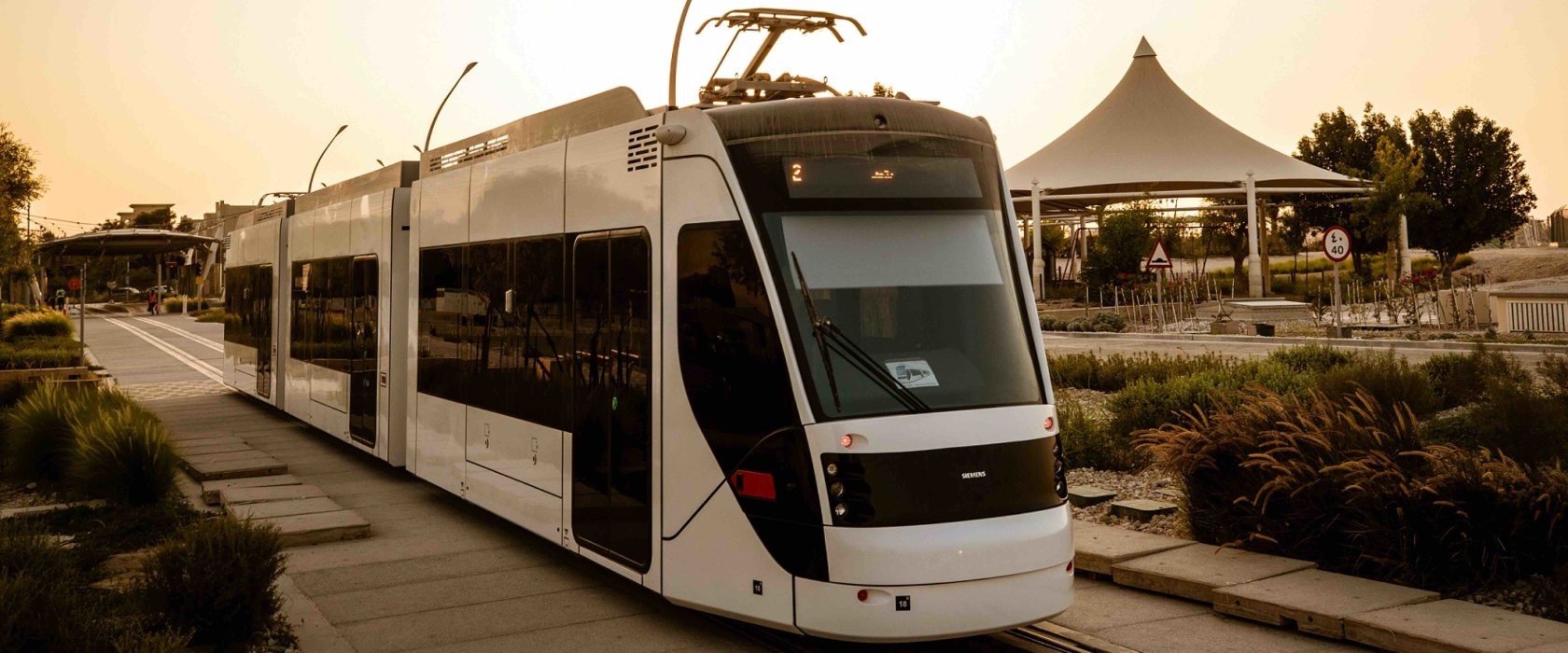 Qatar Foundation unveils the pioneering Education City tram