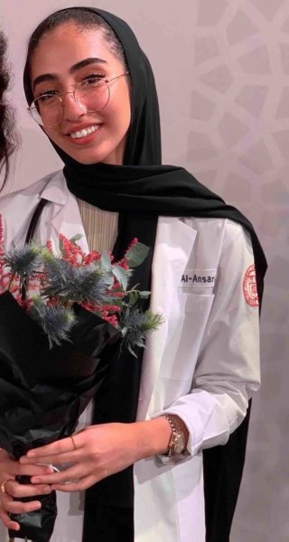 2 -Zainab Al-Ansari - This is why we love science, say QF students - QF - 02