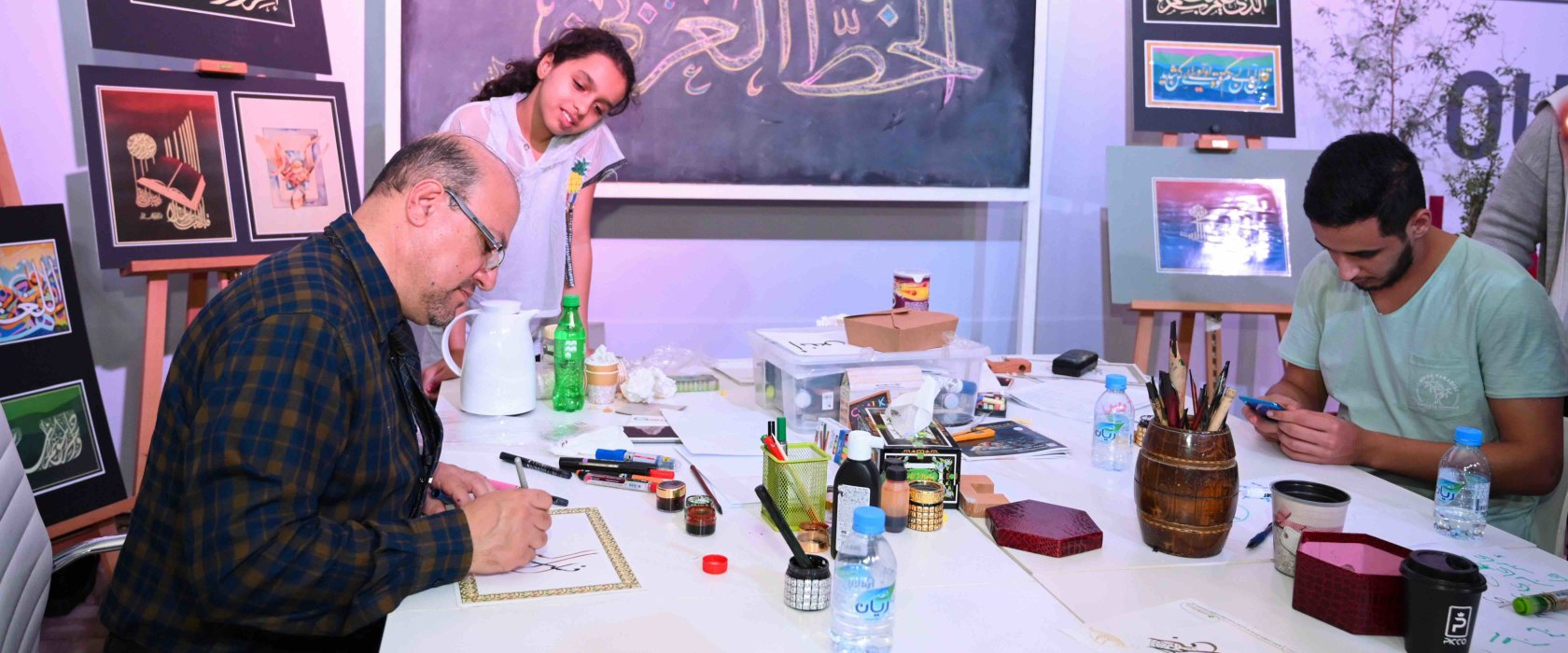 Darb Al Saai visitors discover the beauty of Arabic calligraphy