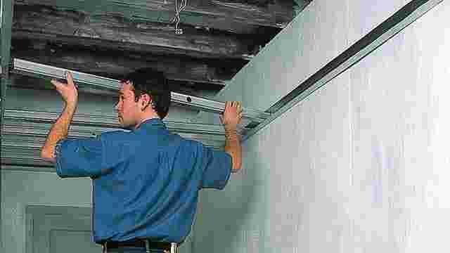 Populair Plaatsen van een Metal Stud plafond | GAMMA.be MY67