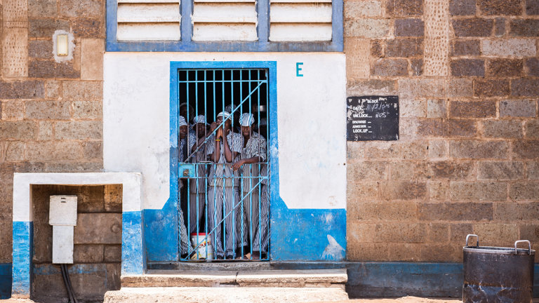 article-africanprisons-gallery-2