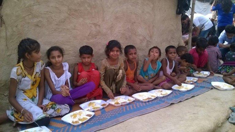 Feeding India - IMG005