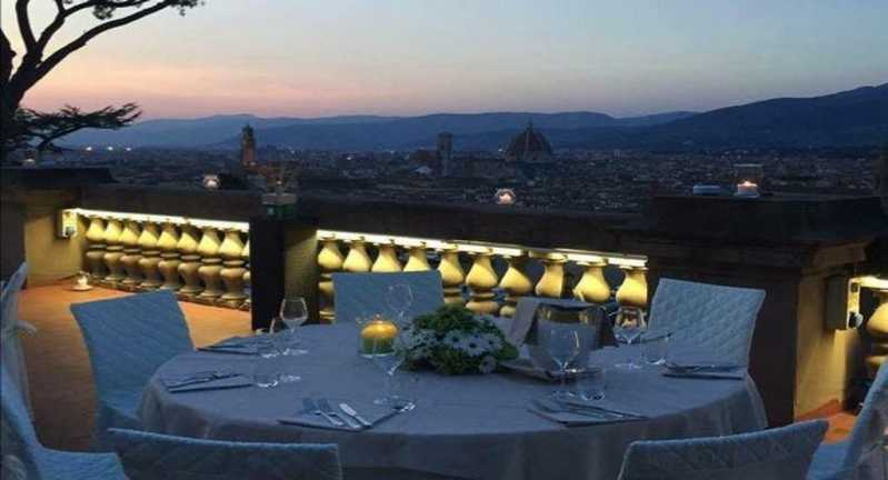 La Loggia – Fonte: Quandoo \[…\]  [Leggi tutto…](https://quisine.quandoo.it/guide/ristoranti-romantici-firenze-san-valentino/attachment/la-loggia/)