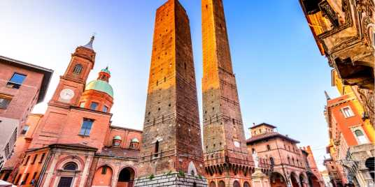 Ristoranti Bologna Dove Mangiare – Fonte: Shutterstock \[…\]  [Leggi tutt](https://quisine.quandoo.it/guide/ristoranti-bologna-dove-mangiare/attachment/shutterstock_669649624-2/)