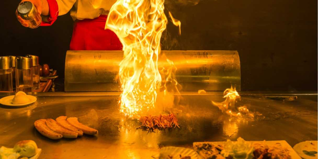 Teppanyaki\_restaurant \_Singapore\_Header   Sources: Shutterstock \[…\]  [Read M](https://quisine.quandoo.sg/guide/teppanyaki-restaurants-singapore/attachment/shutterstock_240798514/)