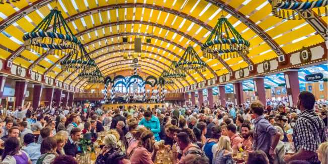 Oktoberfest Munich. Credit: Shutterstock \[…\]  [Read More…](https://quisine.quandoo.co.uk/guide/oktoberfest-london/attachment/oktoberfest-header-min/)