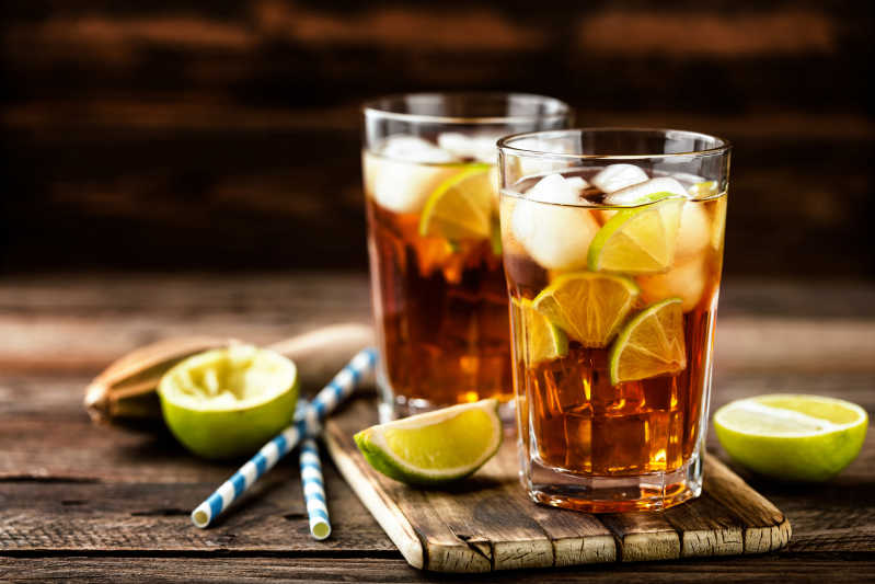 There's no bad way to drink Jamaican rum. Source: Shutterstock \[…\]  [R](https://quisine.quandoo.co.uk/guide/best-jamaican-restaurants-london/attachment/shutterstock_583231501/)