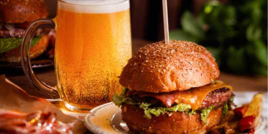 Burger and craft beer. Source: Shutterstock \[…\]  [Read More…](https://quisine.quandoo.co.uk/guide/best-craft-beer-london/attachment/burger_beer_header/)