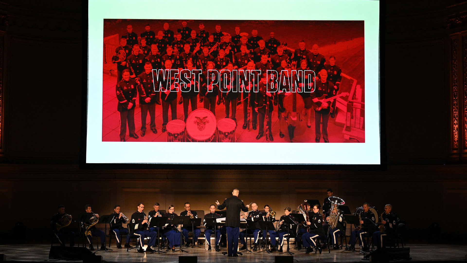 The West Point Band, the US Army's oldest active band, kicked off the day!