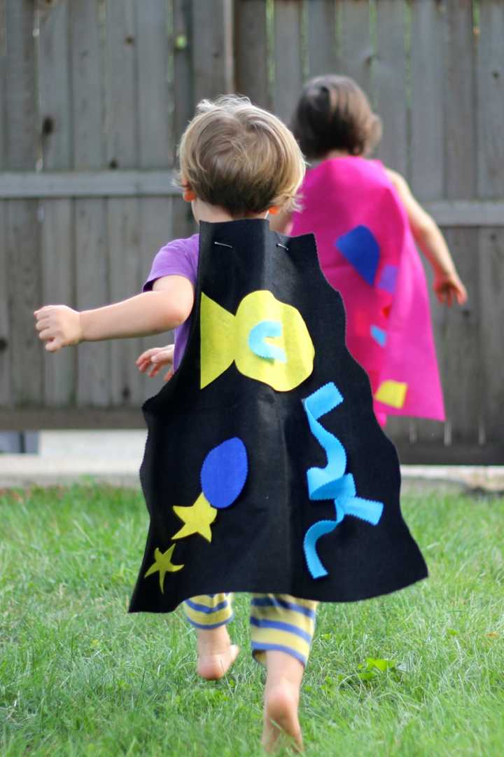 sparkle crafts: protector capes