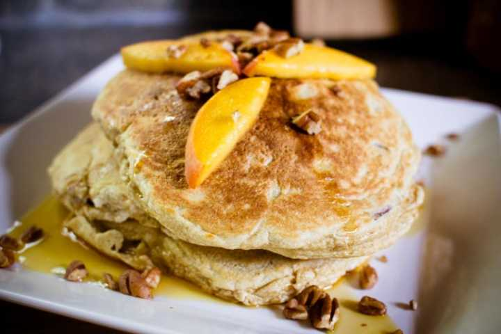 peach pecan pancakes 4 |www.sparklestories.com| the violet crown