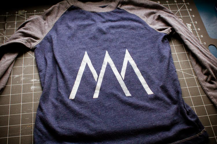 move mountains t-shirt stencil 7 |www.sparklestories.com| by thistle by thimble