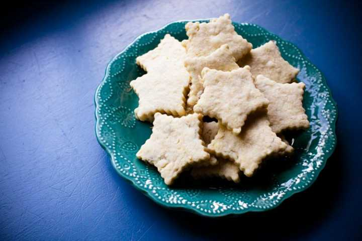 sparkle kitchen: starry night chamomile shortbreads