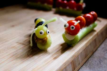 sparkle kitchen: forest caterpillar snack
