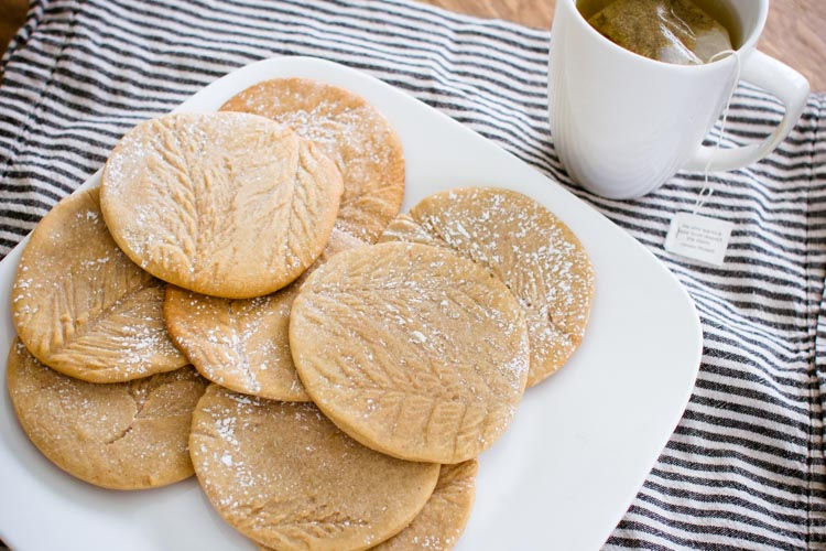 ginger snow track cookies 4 | www.sparklestories.com| junkyard tales: all together now