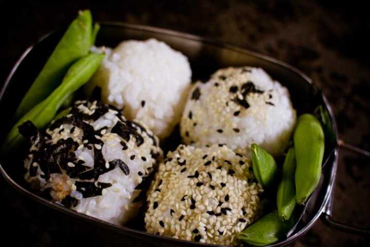 sparkle kitchen: onigiri