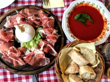 The 15 Best Italian Restaurants In Budapest Ranked
