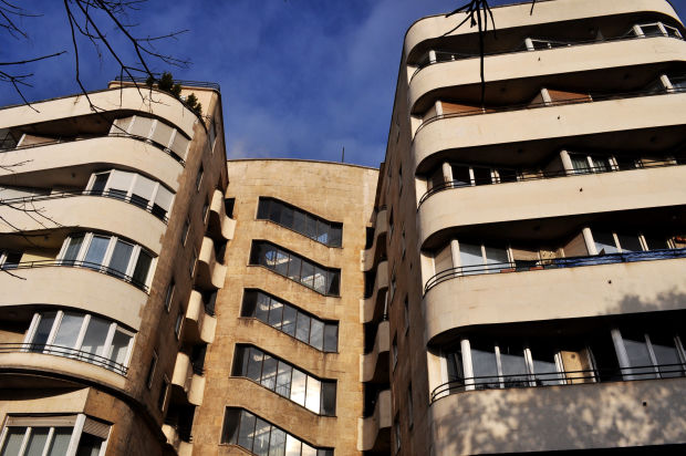 manfred-weiss-apartment-building-budapest-modernism-margit-korut