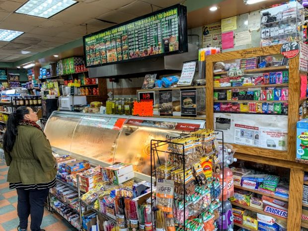 deli-bodega-new-york-city-2