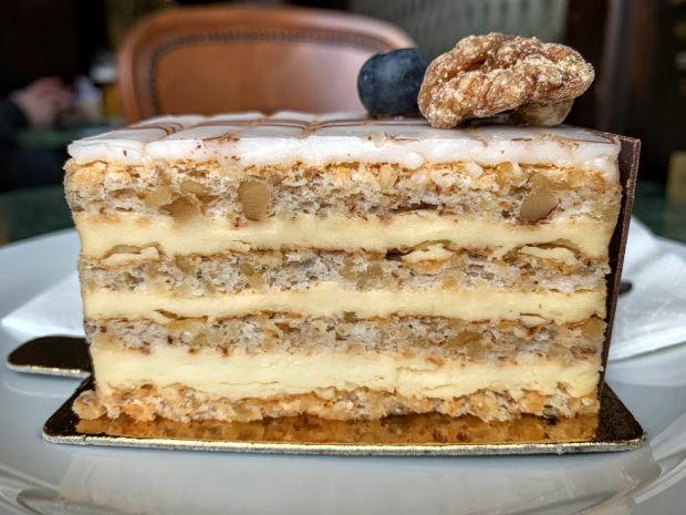 esterhazy-torte-traditional-hungarian-cake-1