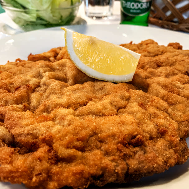 veal-schnitzel-hungarian-food