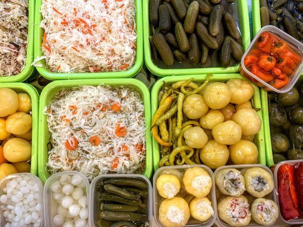 savanyusag-hungarian-pickled-vegetables