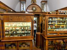 Ruszwurm Confectionery