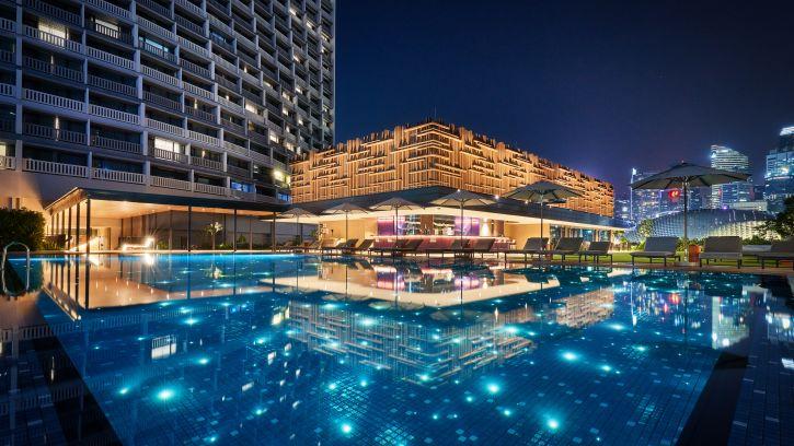 Skyline Bar and Pool