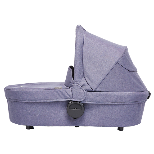 Product information  The Easywalker Carrycot brings extra warm layers to your child's ride, including all the necessary add-ons to keep them comfortable, no matter the weather. The carrycot can easily be placed on the frame of your Harvey stroller. The mattress and mattress cover are breathable throughout for extra comfort. A soft washable inner lining keeps your baby cozy and protected.