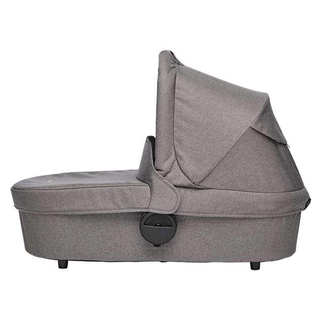 Product information  The Easywalker Carrycot brings extra warm layers to your child's ride, including all the necessary add-ons to keep them comfortable, no matter the weather. The carrycot can easily be placed on the frame of your Harvey² stroller. The mattress and mattress cover are breathable throughout for extra comfort. A soft washable inner lining keeps your baby cozy and protected.