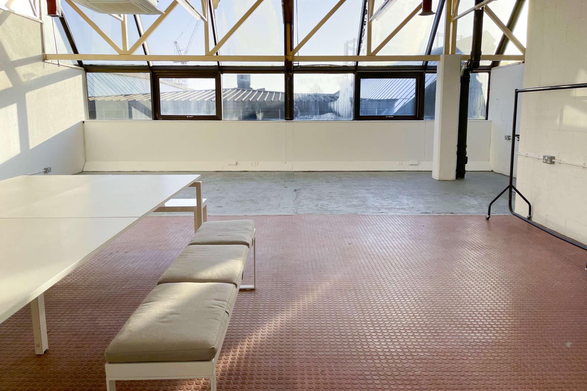 Hackney-Depot-White-Studio-London-23