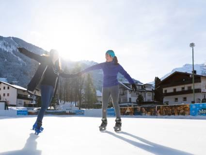 Eislaufen in Mayrhofen
