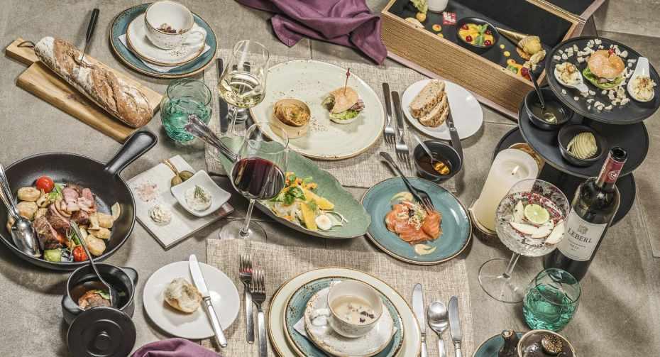 Sieghard - Sharing Dinner