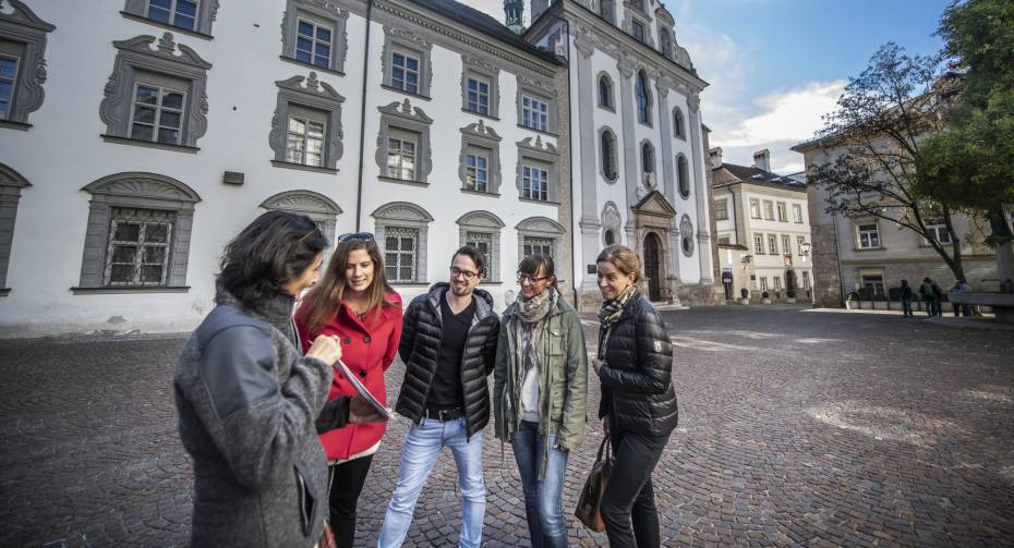 Stadtführung Hall - Erlebnis über myZillertal.app