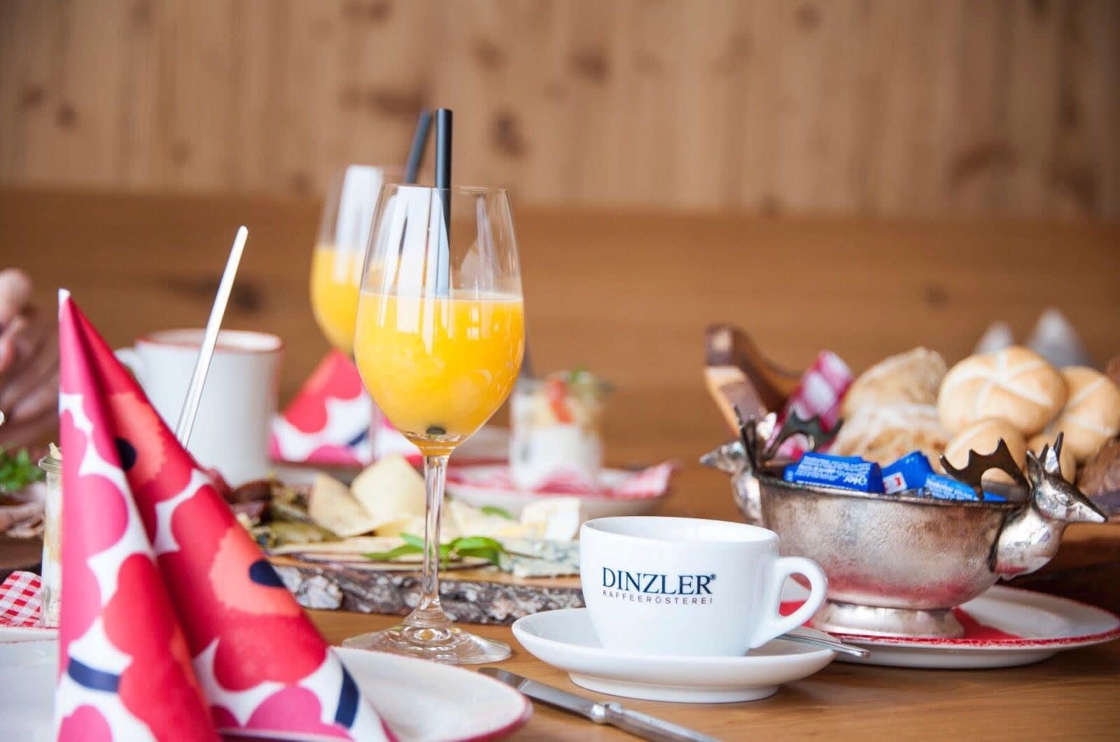 Generous breakfast at the Granatalm in the Penkenjoch.