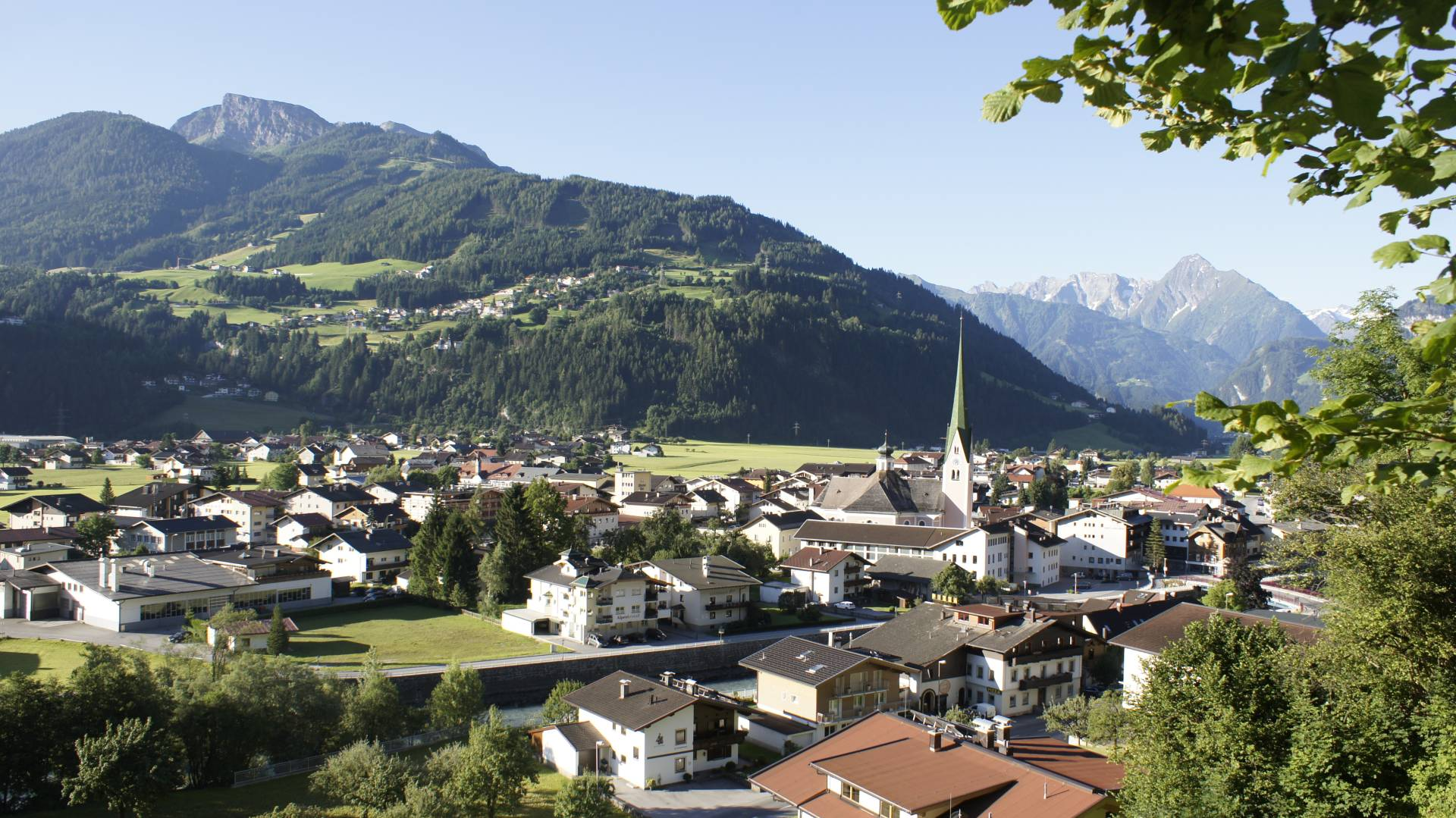 View of the town of Zell am Ziller in summer