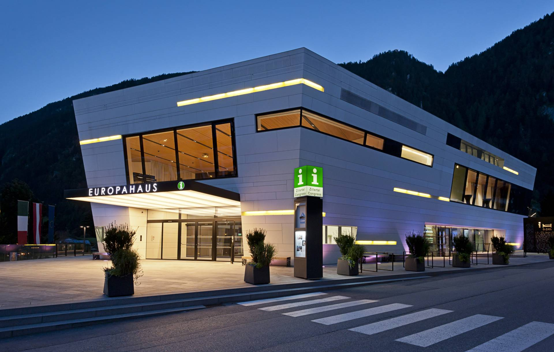 Europahaus in Mayrhofen in the evening