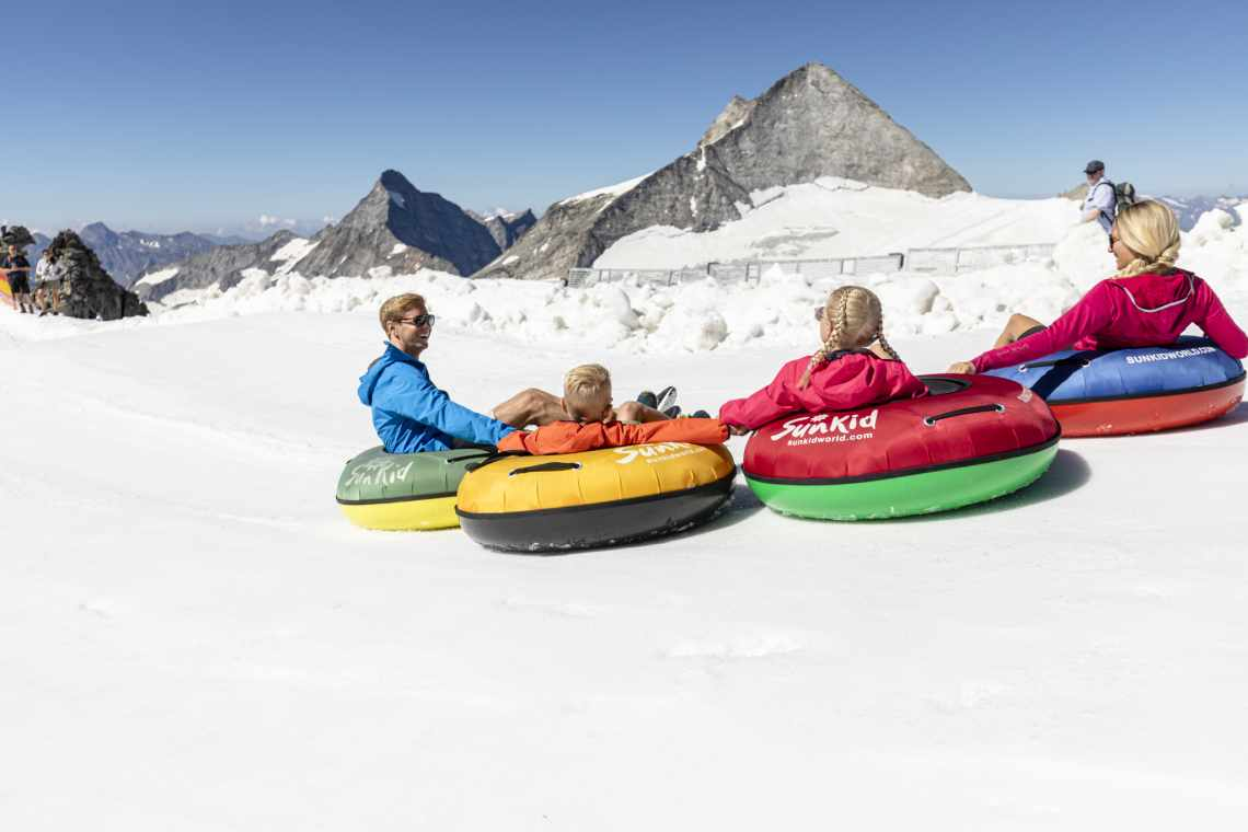 Mountain experience on the Hintertux Glacier