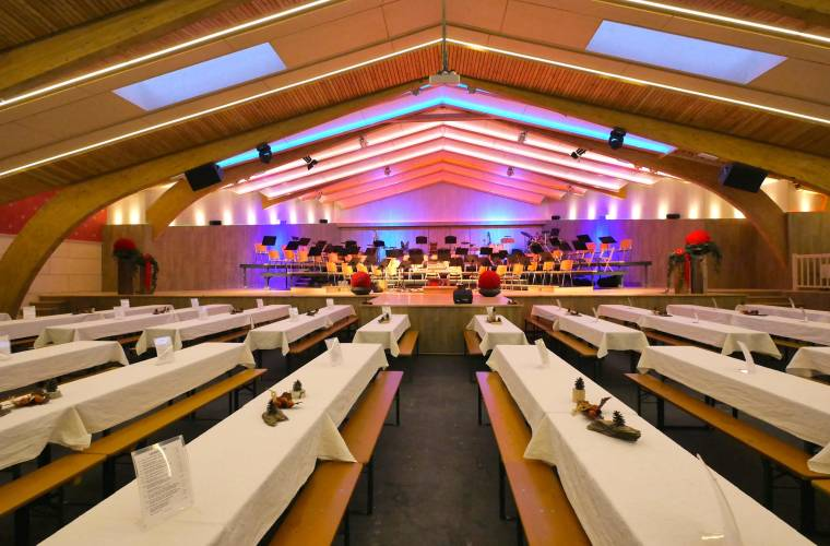 Festhalle Fügen_Erste Ferienregion im Zillertal.jpg