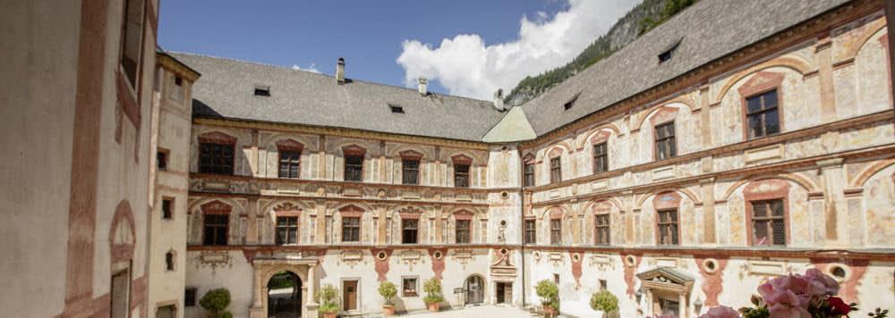 The magnificent Renaissance castle Tratzberg is worth a visit.