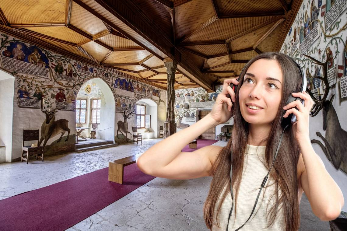 Explore the castle with an entertaining and exciting audio guide. This original guide leads you around the whole castle and helps you discover something new in every room.