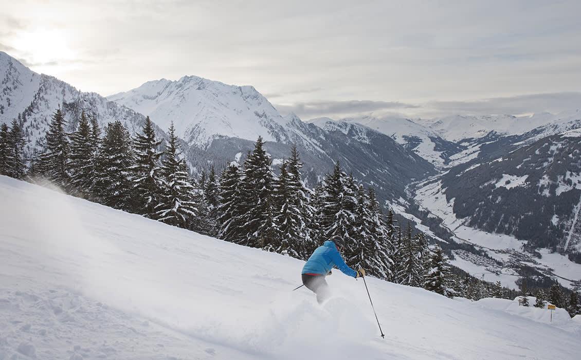 Mayrhofen verwöhnt seine Gäste mit 142 bestens präparierten Pistenkilometern und 60 modernen Liftanlagen.