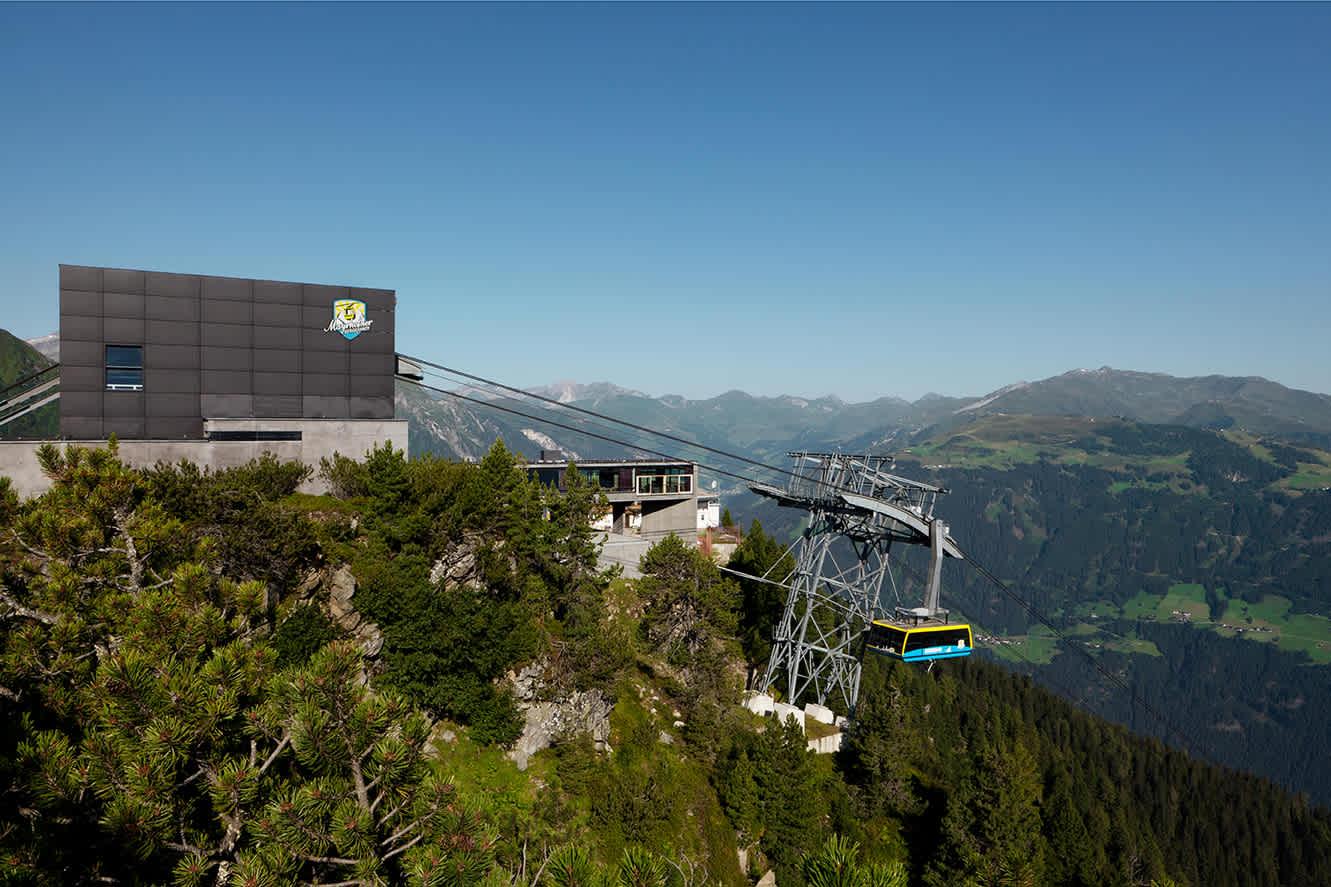 Ahornbahn - largest cable car in Austria